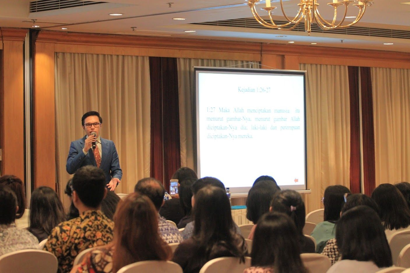 """The Seminar of """"The Miracle of Self Identity,"""" WTC Building, Sudirman"""